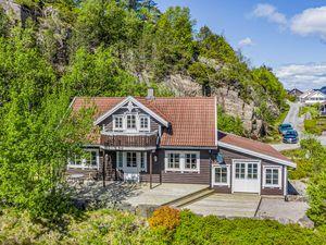 Ferienhaus für 10 Personen (157 m²) ab 118 € in Lindesnes