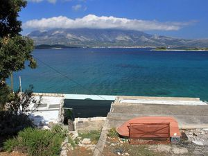 Ferienhaus für 9 Personen ab 15 € in Lumbarda