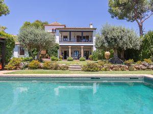 Ferienhaus für 12 Personen (600 m²) ab 1.458 € in Marbella