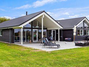 Ferienhaus für 16 Personen (242 m²) ab 174 € in Marielyst