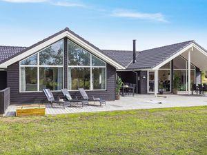 Ferienhaus für 14 Personen (180 m²) ab 148 € in Marielyst