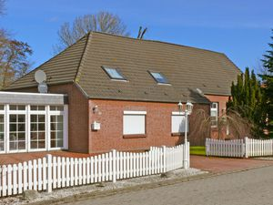 Ferienhaus für 8 Personen (235 m²) ab 111 € in Marienhafe