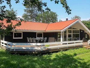 Ferienhaus für 8 Personen (97 m²) ab 93 € in Martofte