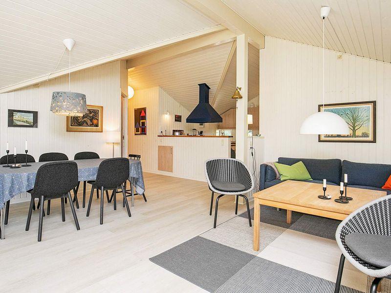 22019301-Ferienhaus-8-Martofte-800x600-1