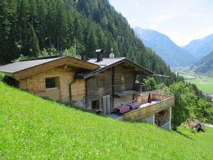 Ferienhaus für 12 Personen (85 m²) ab 143 € in Mayrhofen