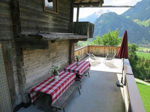 428399-Ferienhaus-12-Mayrhofen-300x225-2
