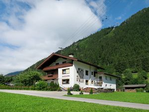 Ferienhaus für 36 Personen (350 m²) ab 334 € in Mayrhofen