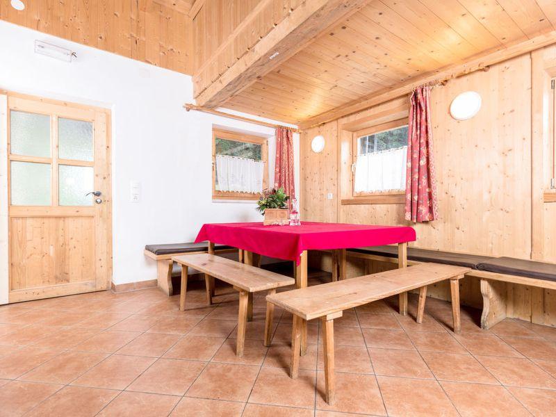 423970-Ferienhaus-9-Mayrhofen-800x600-2