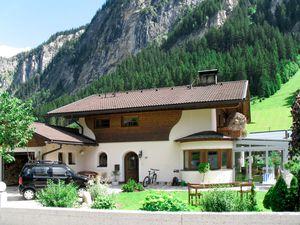 Ferienhaus für 11 Personen (150 m²) ab 165 € in Mayrhofen
