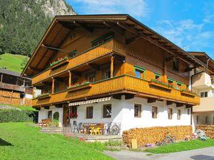 Ferienhaus für 14 Personen (150 m²) ab 160 € in Mayrhofen