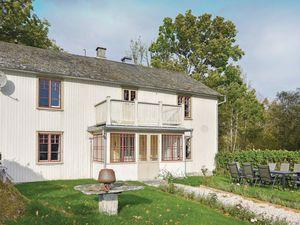 Ferienhaus für 12 Personen (179 m²) ab 64 € in Mellerud