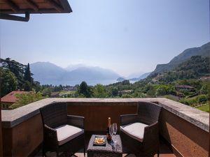 Ferienhaus für 8 Personen (180 m²) ab 226 € in Menaggio
