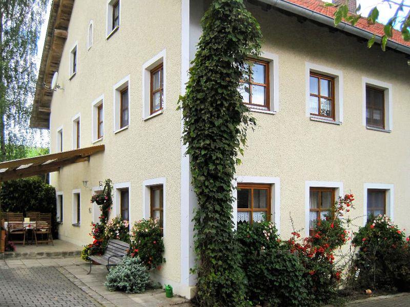 1659109-Ferienhaus-6-Michelsneukirchen-800x600-1