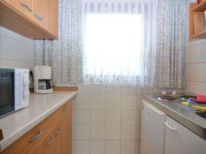 19340362-Ferienhaus-3-Mittelndorf-300x225-5
