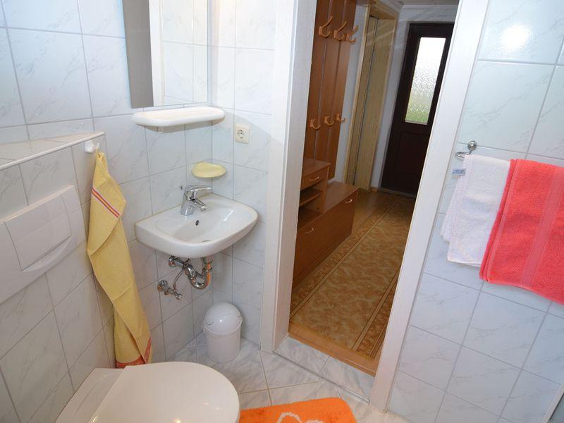 19340362-Ferienhaus-3-Mittelndorf-800x600-10