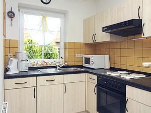 18716152-Ferienhaus-5-Neßmersiel-300x225-4