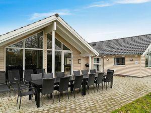 Ferienhaus für 12 Personen (186 m²) ab 190 € in Olpenitz