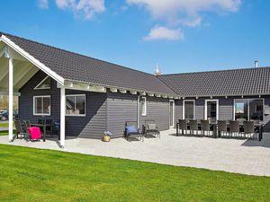 Ferienhaus für 20 Personen (267 m²) ab 221 € in Olpenitz