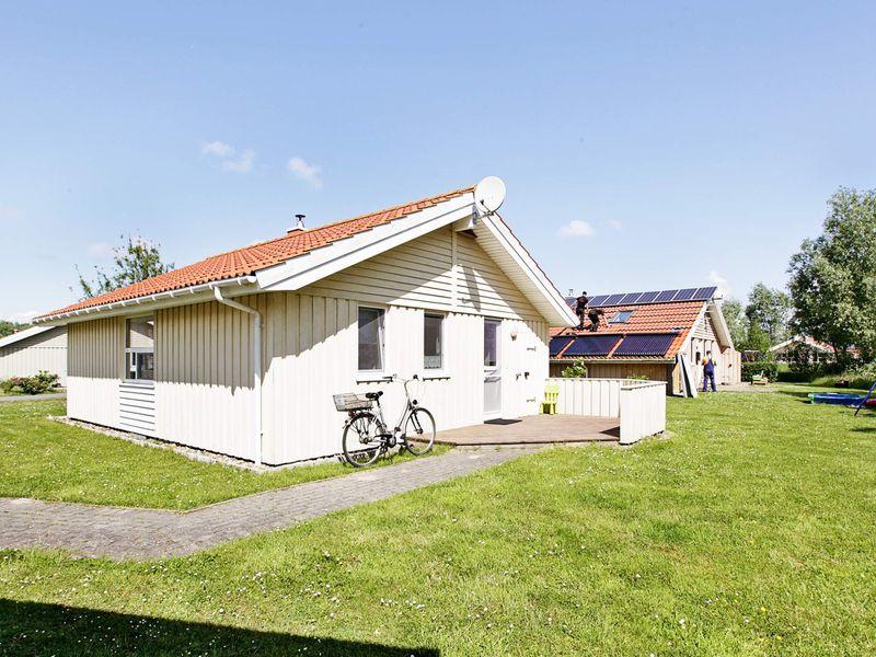 18395136-Ferienhaus-4-Otterndorf-800x600-12