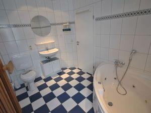 21933807-Ferienhaus-6-Otterndorf-300x225-4