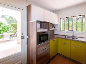 19342915-Ferienhaus-13-Pals-300x225-23