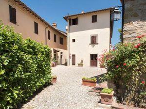 Ferienhaus für 15 Personen (190 m²) ab 287 € in Pergine Valdarno