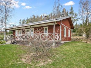Ferienhaus für 6 Personen (75 m²) ab 261 € in Perniö