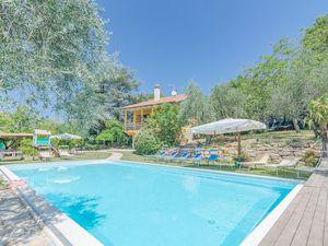 Ferienhaus für 10 Personen (170 m²) ab 155 € in Pesaro