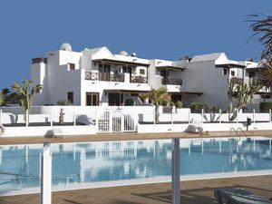 19342304-Ferienhaus-4-Playa Blanca-300x225-0
