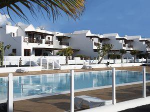19342304-Ferienhaus-4-Playa Blanca-300x225-2