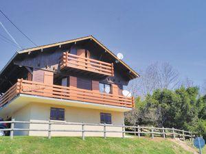 Ferienhaus für 7 Personen (88 m²) ab 79 € in Pontarlier