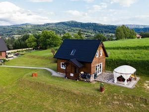 Ferienhaus für 8 Personen (77 m²) ab 94 € in Posada Górna