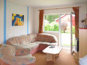 62025-Ferienhaus-4-Retgendorf-300x225-5