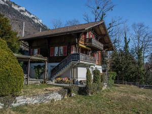 Ferienhaus für 11 Personen ab 410 € in Ringgenberg