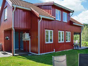 Ferienhaus für 8 Personen (99 m²) ab 85 € in Risør