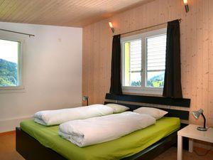 18727425-Ferienhaus-8-Romoos-300x225-5