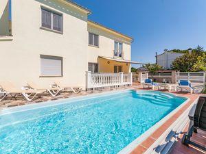 Ferienhaus für 10 Personen (200 m²) ab 381 € in Sant Pere Pescador