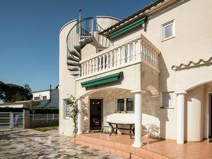 19342982-Ferienhaus-10-Sant Pere Pescador-300x225-3