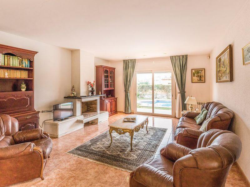 18608856-Ferienhaus-10-Sant Pere Pescador-800x600-1