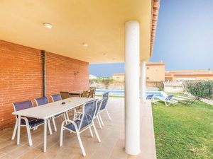 18608856-Ferienhaus-10-Sant Pere Pescador-300x225-2