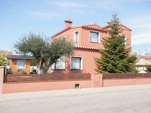 19342988-Ferienhaus-5-Sant Pere Pescador-300x225-1