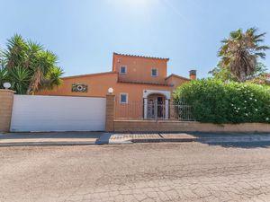 19342061-Ferienhaus-6-Sant Pere Pescador-300x225-2
