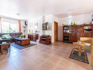 19342061-Ferienhaus-6-Sant Pere Pescador-300x225-7