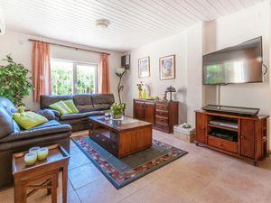 19342061-Ferienhaus-6-Sant Pere Pescador-300x225-8
