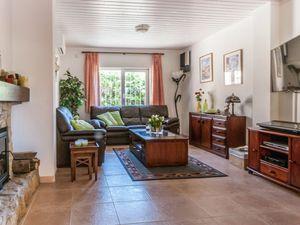 19342061-Ferienhaus-6-Sant Pere Pescador-300x225-11
