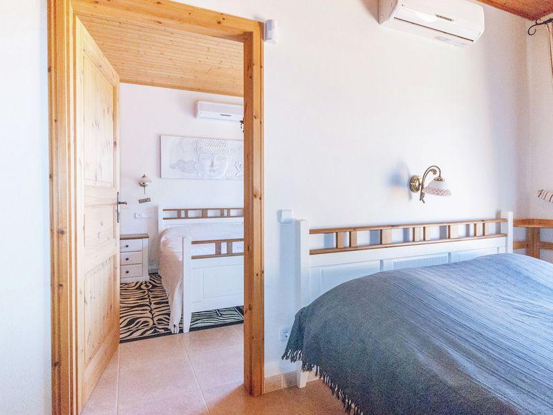 19342061-Ferienhaus-6-Sant Pere Pescador-800x600-20
