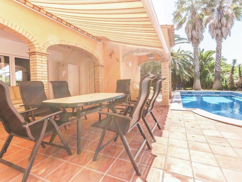 19342061-Ferienhaus-6-Sant Pere Pescador-800x600-25