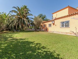 19342061-Ferienhaus-6-Sant Pere Pescador-300x225-26