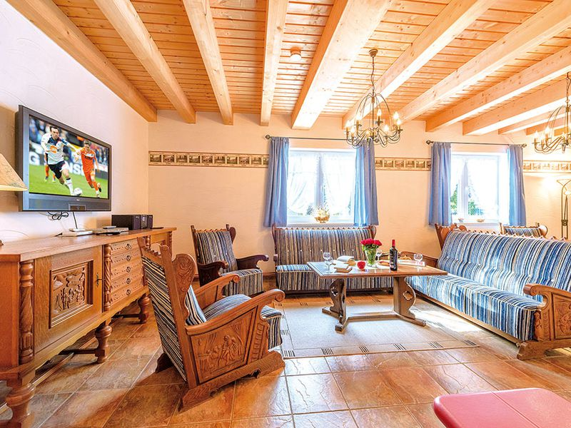18366462-Ferienhaus-14-Schaprode-800x600-2