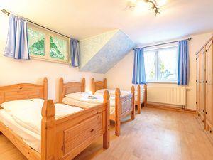 18366462-Ferienhaus-14-Schaprode-300x225-10